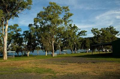 Lake Elphinstone <a href=