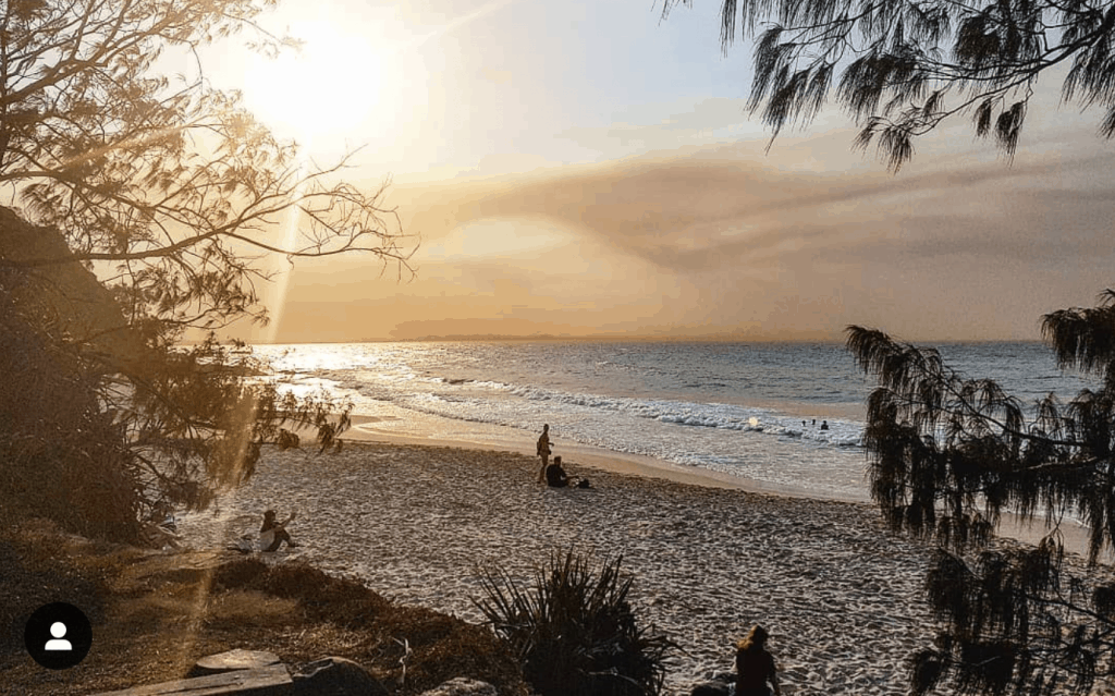things to do wategos beach