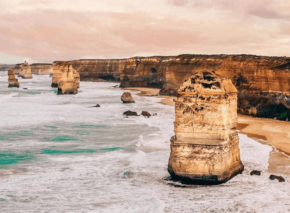 Great Ocean Road Drive - 12 apostles