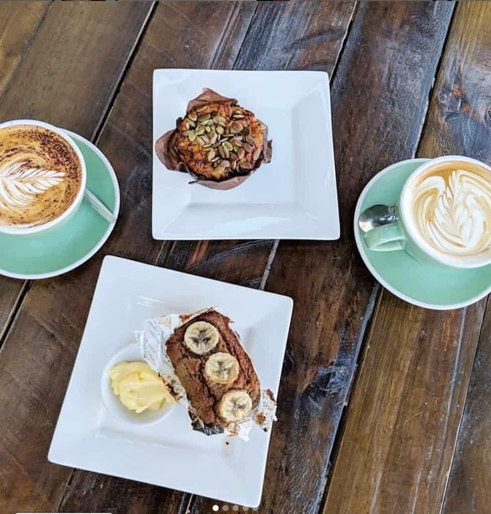 Breakfast in Byron Bay - bayleaf