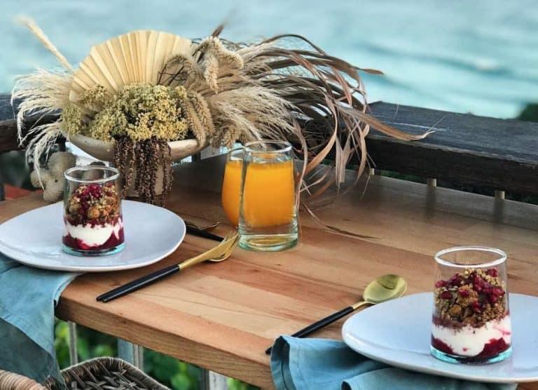 Best breakfast spots Byron Bay